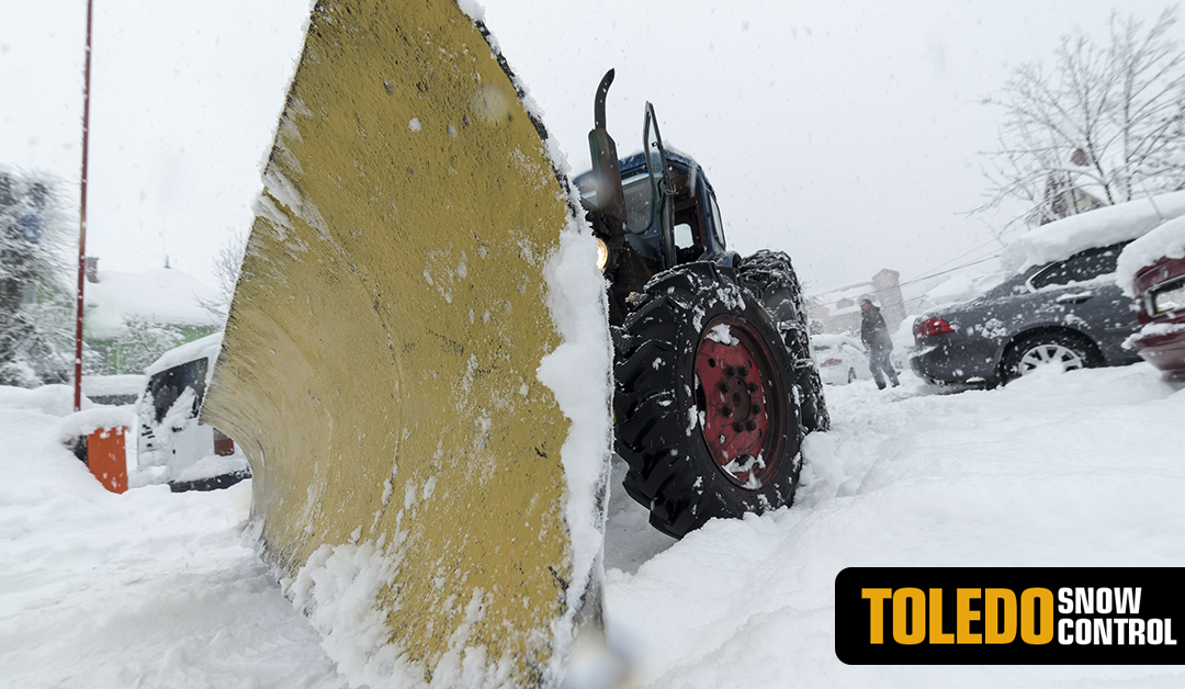 Here's Why You Need to Hire a Commercial Snow Removal Service